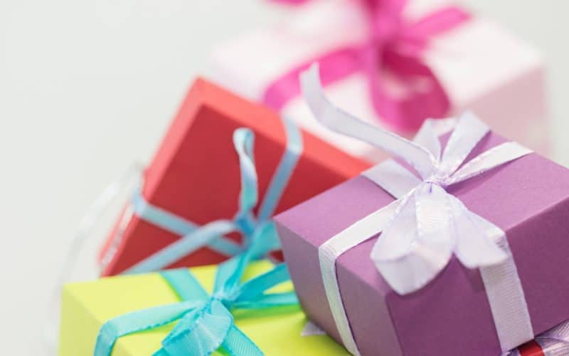9 Clever Ways to Buy Holiday Gifts When You're on a Tight Budget