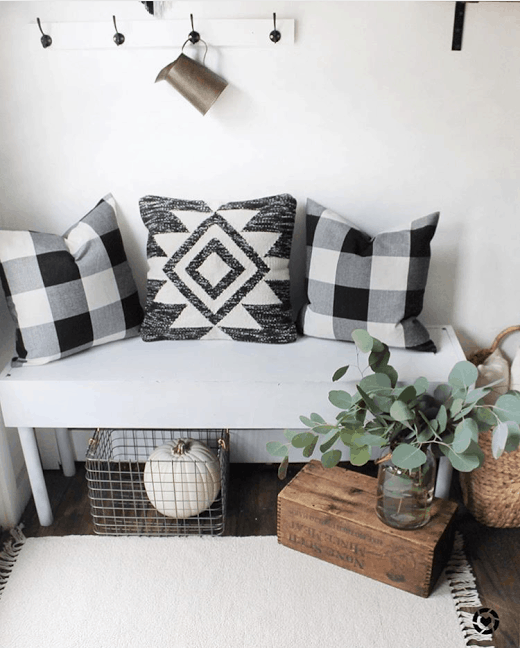 Decorating With Black White: 20+ Ways To Decorate All Year With Black & White Buffalo Check