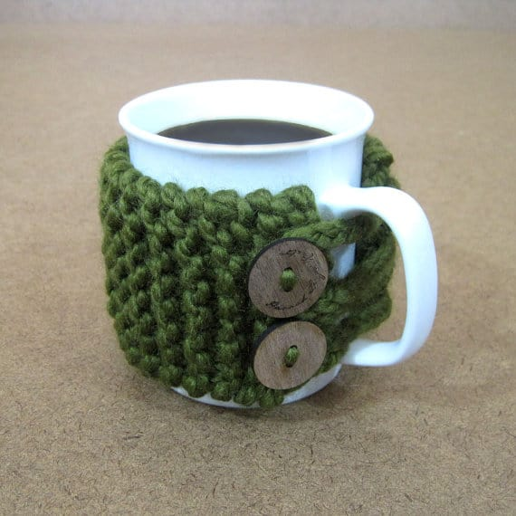 chunky-knit-coffee-cozy