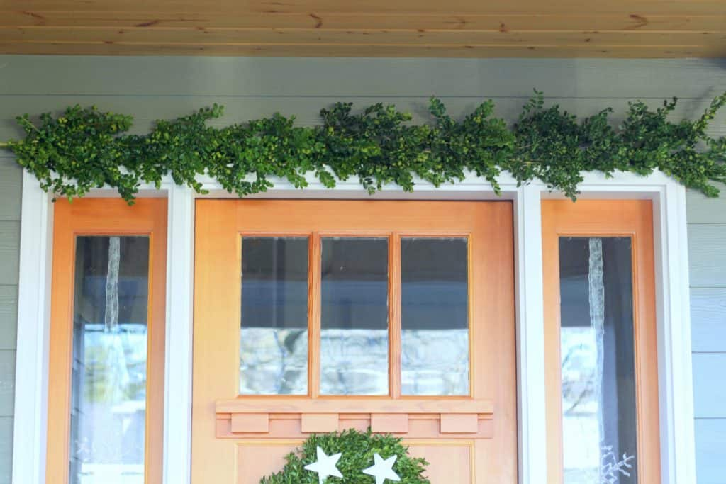 boxwood garland tutorial