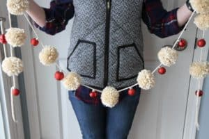 pom pom ornament garland