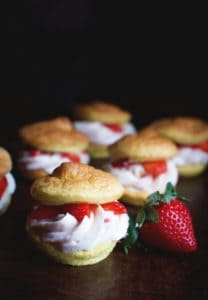 low carb strawberry cream ouffs