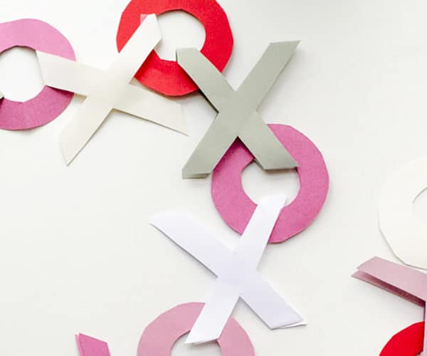10 Fast & Easy DIY Valentines Garlands ~ Adorable!