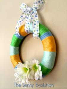 easy diy yarn wreath