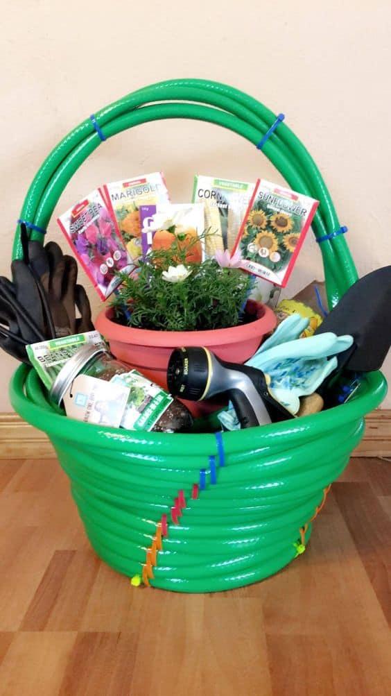 diy gardening gift basket ideas