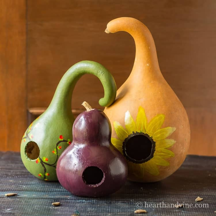 how to paint gourds