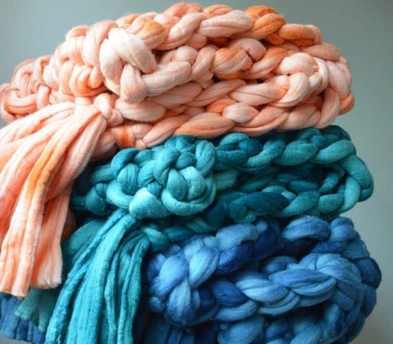 The 10 BEST Giant Knit Blankets That'll Make You Beyond Cozy