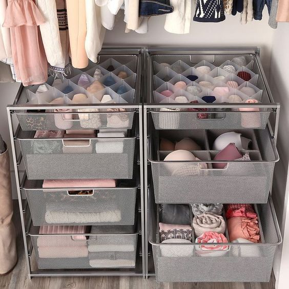 dorm organization for closet
