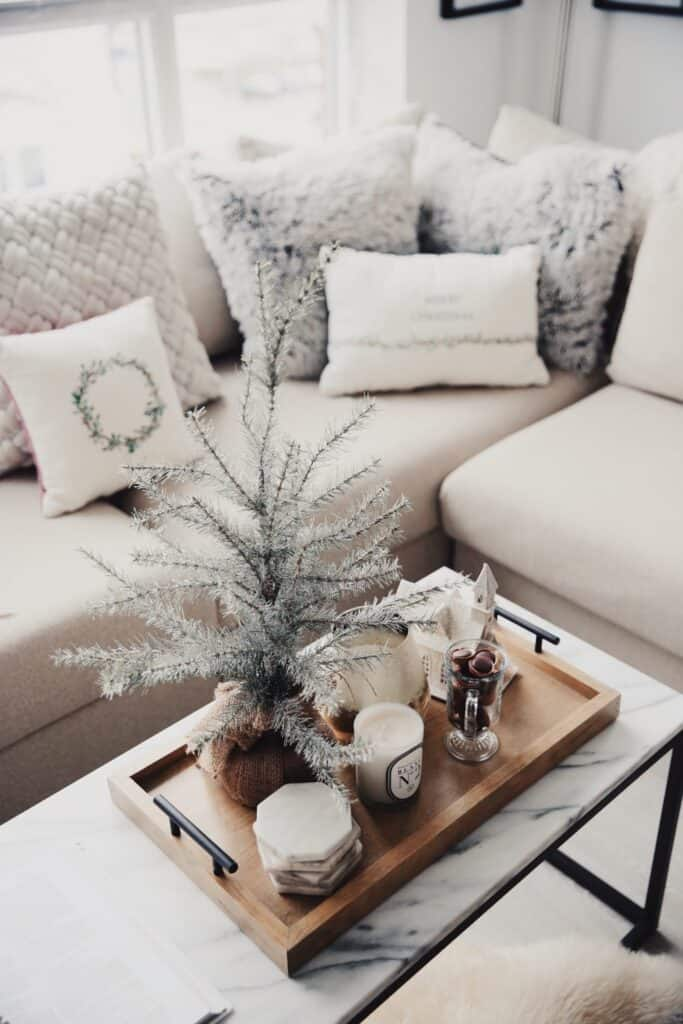 apartment christmas living room decor ideas