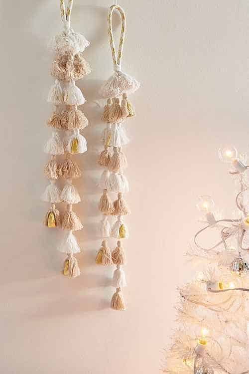best boho ideas for christmas fringe wall piece