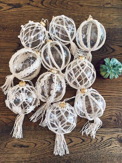 boho ideas for the holidays macrame balls