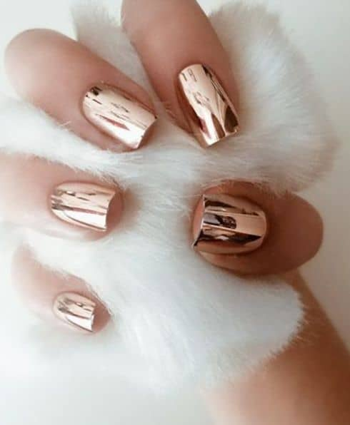 cute holiday nails for girls gold metallic