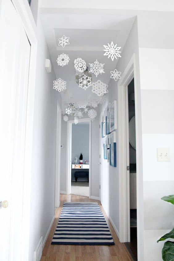 small apartment Christmas decorations snowflakes in the hall