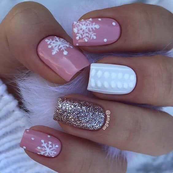 great nail ideas for the holidays snowflakes and white dots