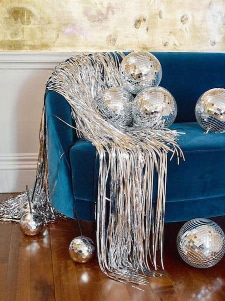fun ideas for new years glam decor