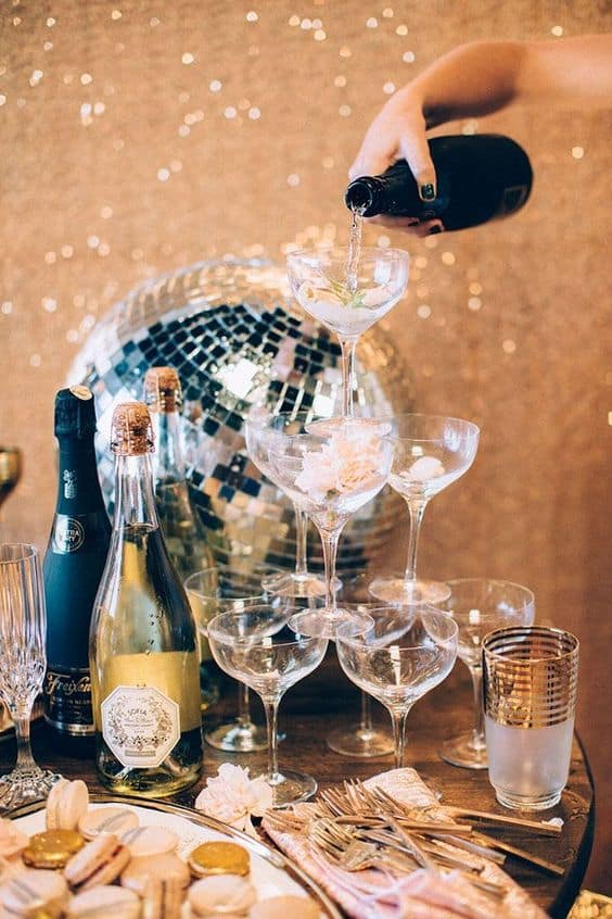 nye inspo party ideas champage aesthetic