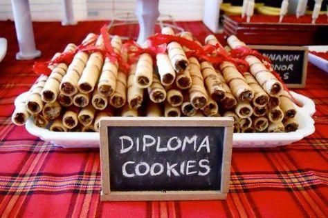 tasty food ideas graduation party diploma cookies