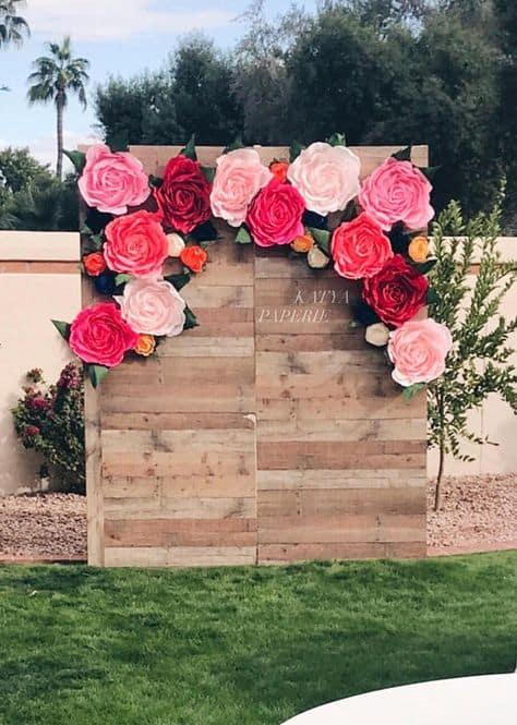 cute idea graduation backdrop flower wooden backdrop