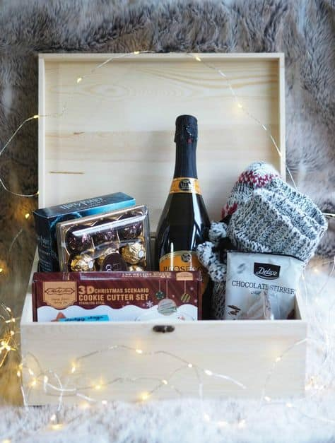 ideas for christmas eve boxes cute and cozy gift box